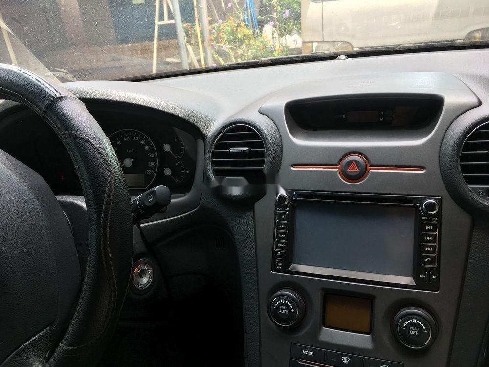 Cần bán xe Kia Carens sản xuất 2015, màu trắng xe gia đình (5)