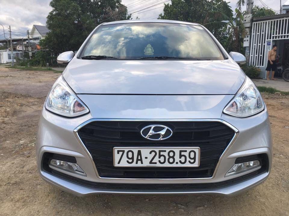Thanh lý bán Hyundai Grand i10 SX 2017, màu bạc (1)