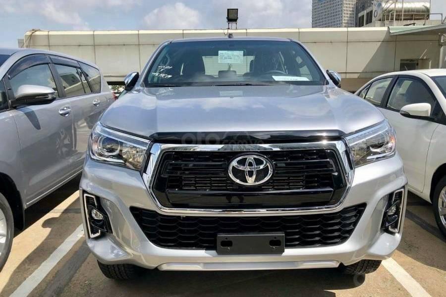 Bán xe Toyota Hilux 2.8G 4x4 AT 2019 nhập khẩu giảm giá cao + phụ kiện chất, LH 0941115585 (1)