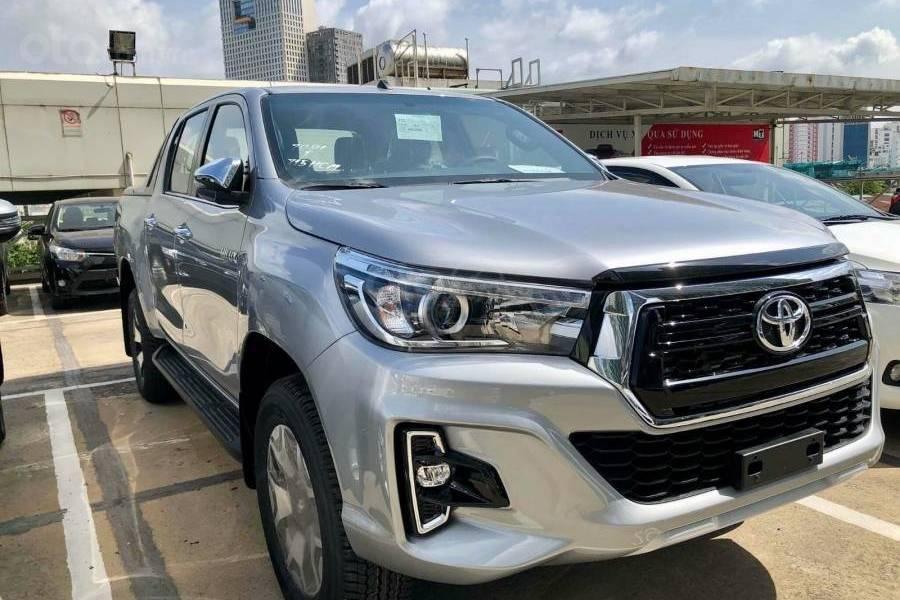 Bán xe Toyota Hilux 2.8G 4x4 AT 2019 nhập khẩu giảm giá cao + phụ kiện chất, LH 0941115585 (2)