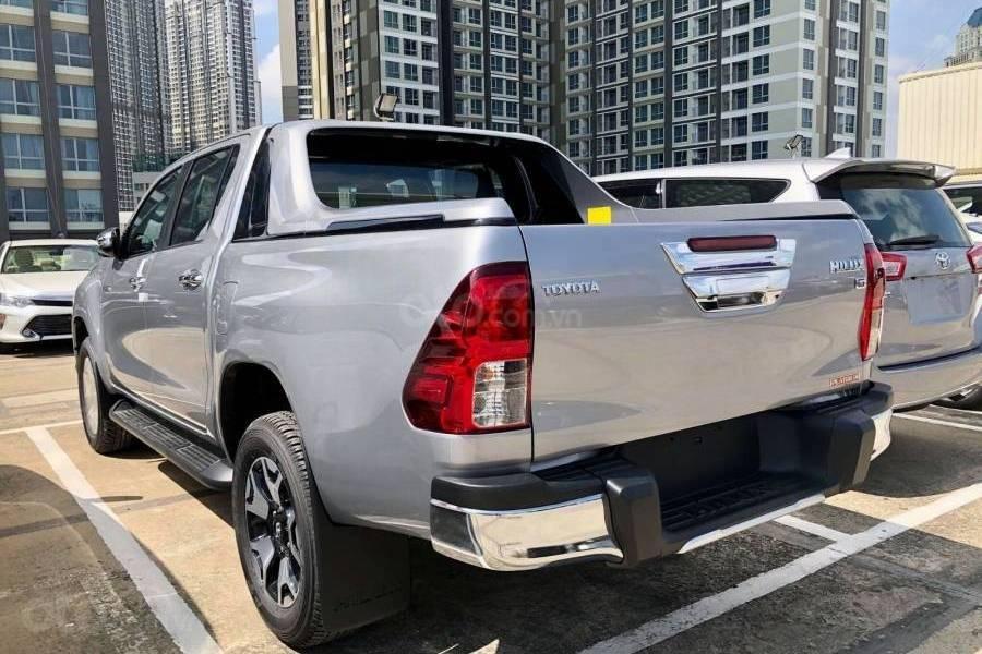 Bán xe Toyota Hilux 2.8G 4x4 AT 2019 nhập khẩu giảm giá cao + phụ kiện chất, LH 0941115585 (3)