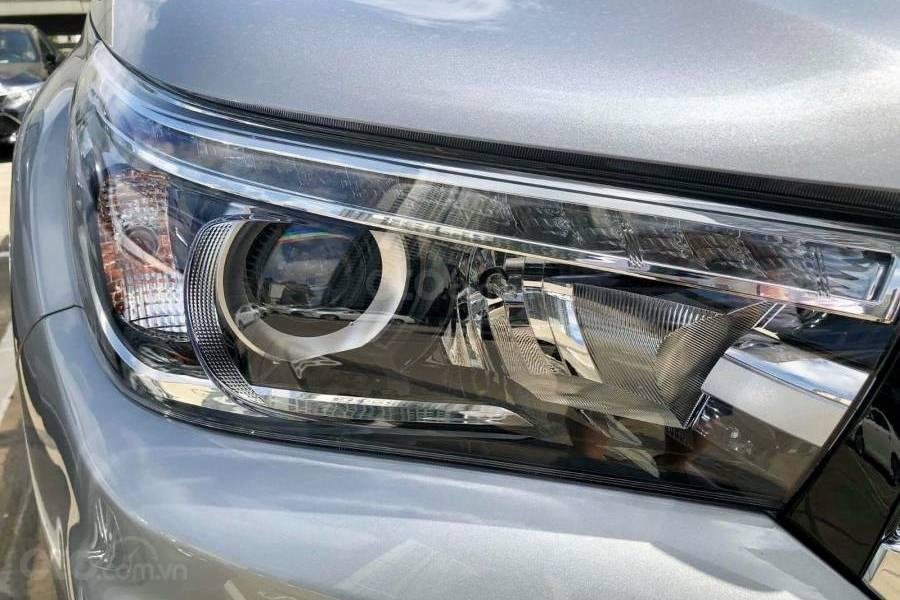 Bán xe Toyota Hilux 2.8G 4x4 AT 2019 nhập khẩu giảm giá cao + phụ kiện chất, LH 0941115585 (6)