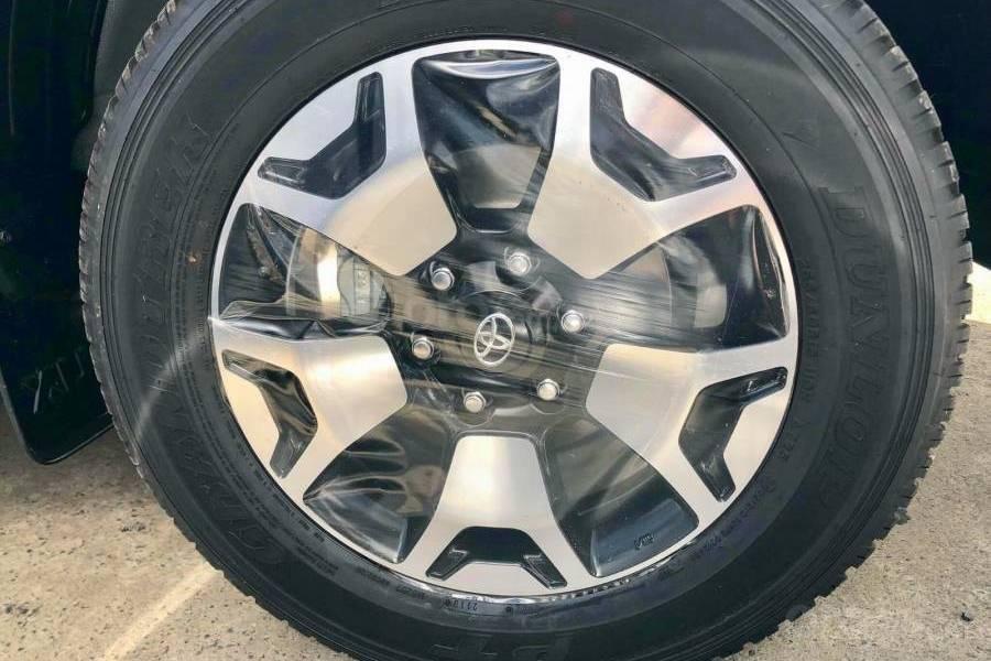 Bán xe Toyota Hilux 2.8G 4x4 AT 2019 nhập khẩu giảm giá cao + phụ kiện chất, LH 0941115585 (7)