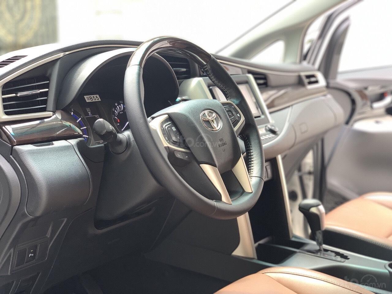 Bán Innova 2.0V sản xuất 2017, xe đẹp đi đúng 30.000km, bao kiểm tra tại hãng Toyota (4)