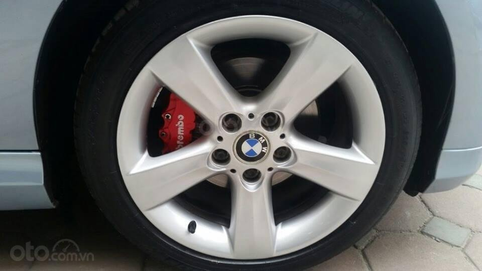 Cần bán xe BMW 320i (8)