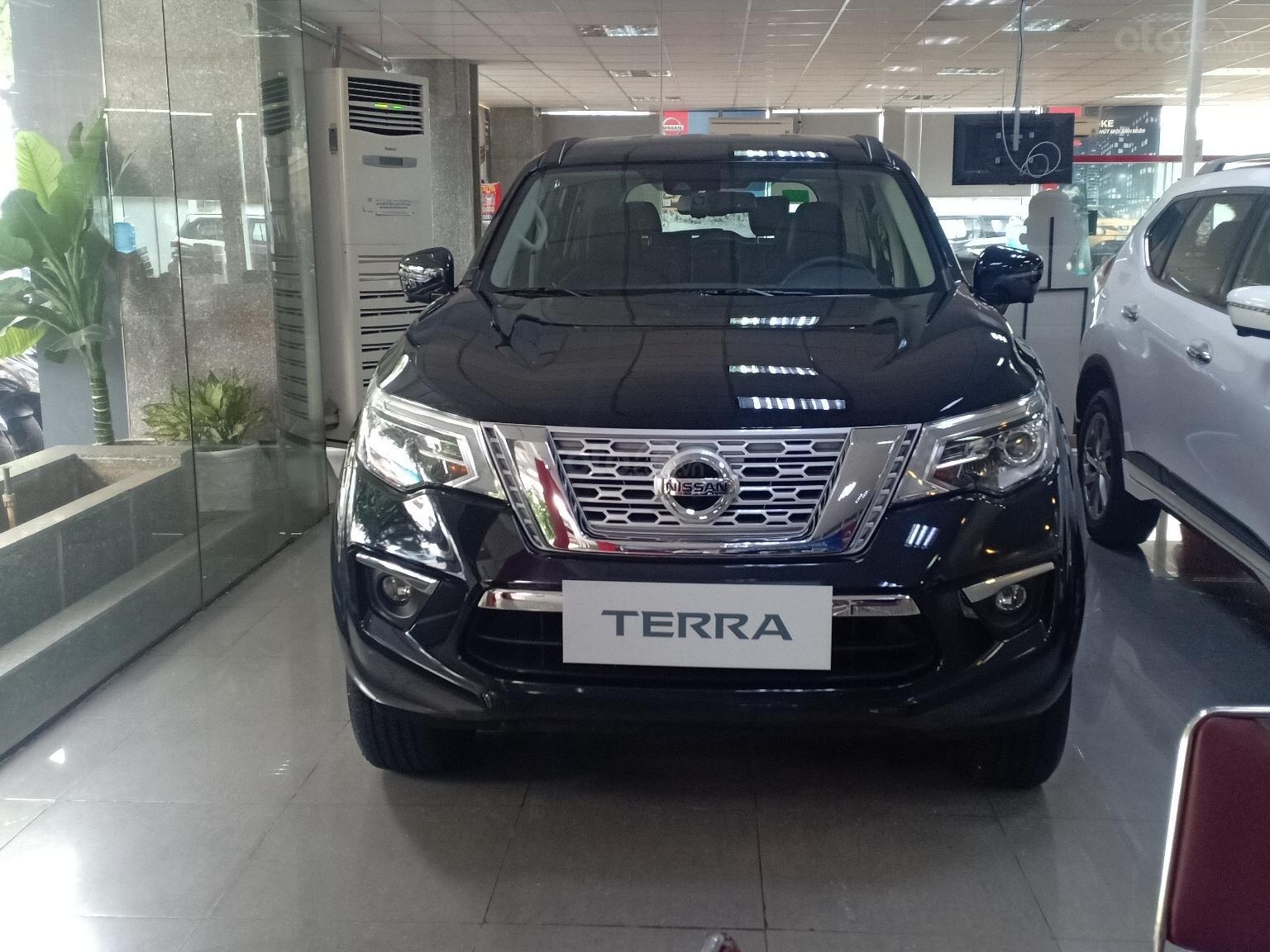 Cần bán Nissan Terra V năm 2019, màu trắng, xe nhập LH 0977.850.771 (3)