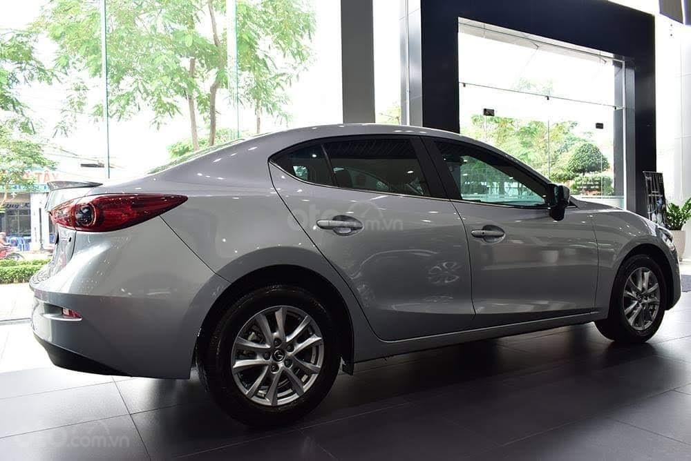Mazda 3 - nhận xe từ 180 triệu - tặng phụ kiện chính hãng - bảo dưỡng miễn phí 3 năm/50.000km - 0967337204 (7)