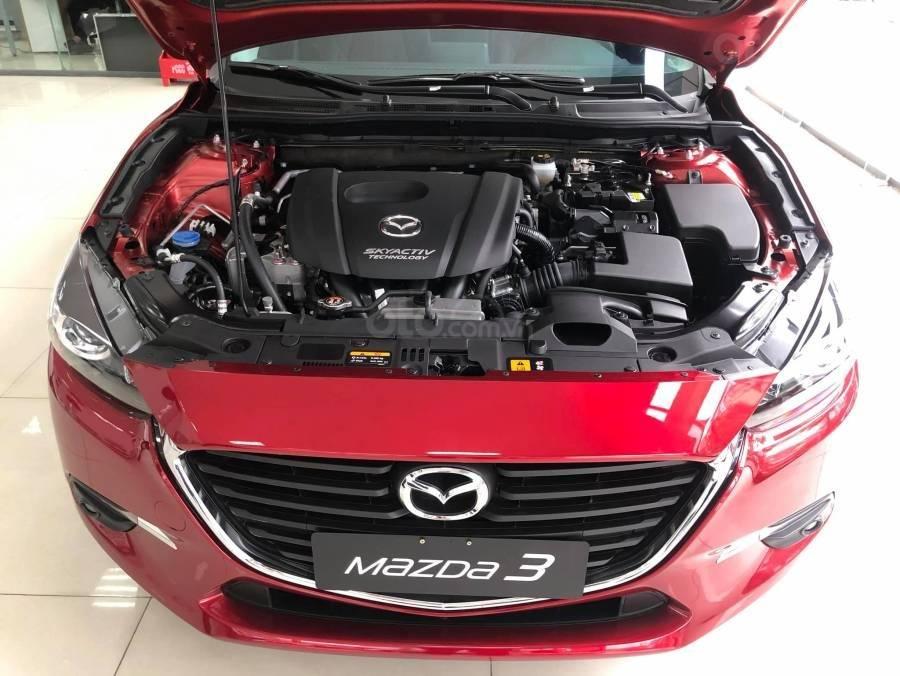 Mazda 3 ưu đãi lớn, hỗ trợ vay 80%, thủ tục nhanh, nhận xe liền, LH: 0909514137 (4)