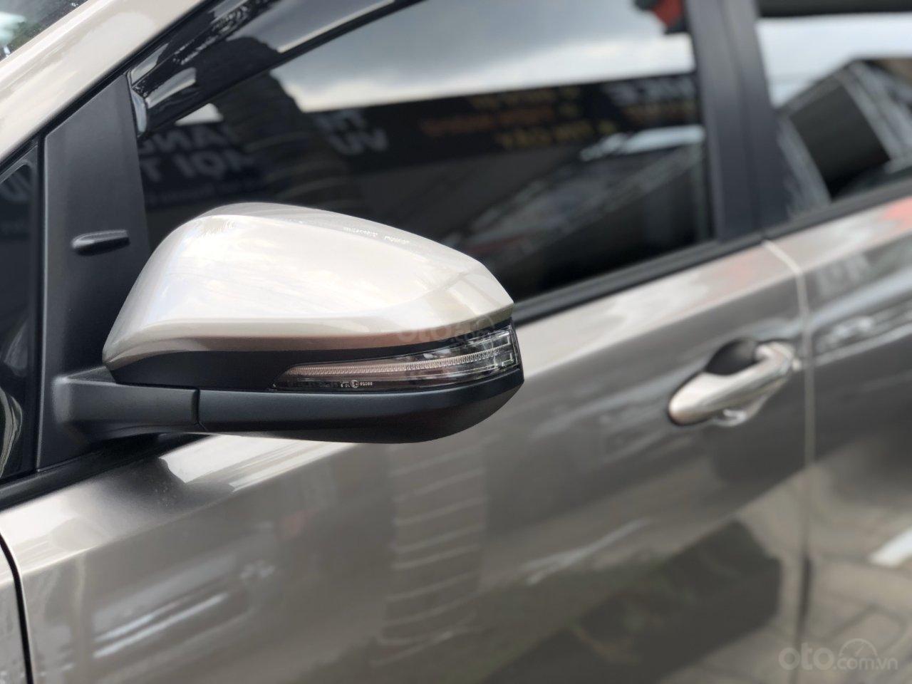 Mua xe Toyota Innova 2019 LÃI SUẤT 0% (9)