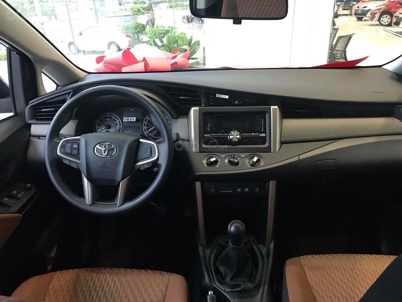 Mua xe Toyota Innova 2019 LÃI SUẤT 0% (6)
