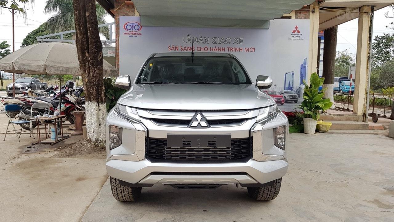 Đại lý Mitsubishi Hòa Bình - Chuyên phân phối các dòng xe chính hãng của Mitsubishi Việt Nam - Liên hệ 0977.098.096 (1)