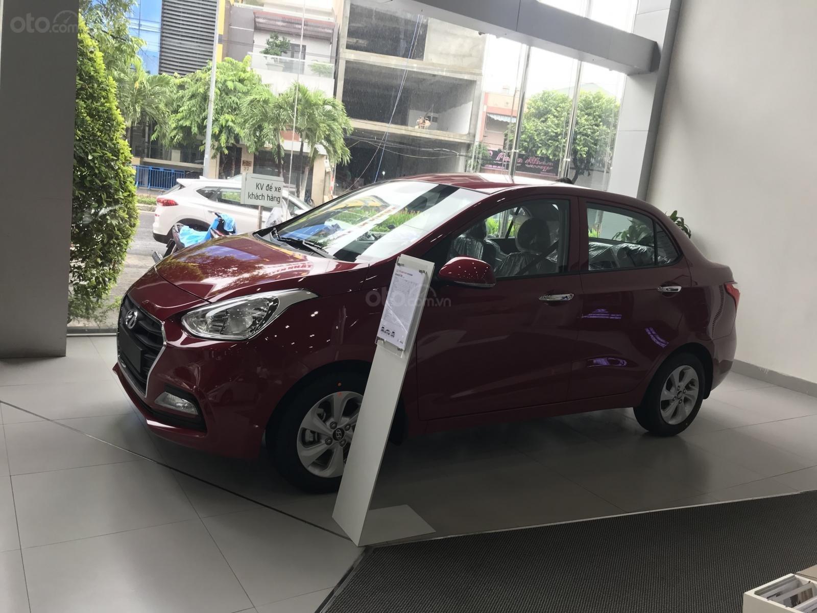 Chỉ 100 triệu, lợi xăng grab số 1 với Hyundai i10, hotline: 0974064605 (1)