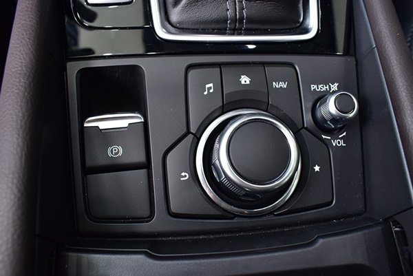 Mazda 3 sở hữu tiện ích nhất nhì phân khúc