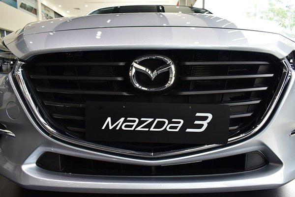 Thiết kế hiện đại trẻ trung của Mazda 3