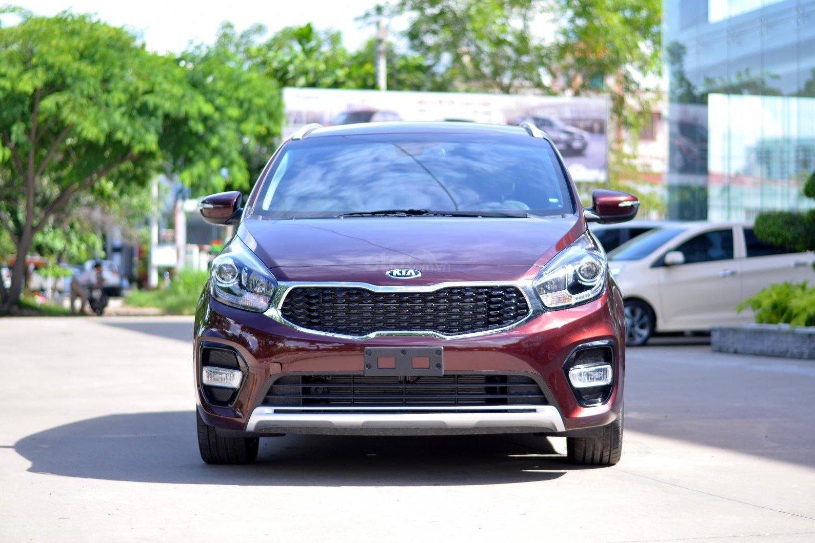 Vay mua xe Kia Rondo 2019 trả góp: Những lưu ý để hưởng lợi về lãi suất a1