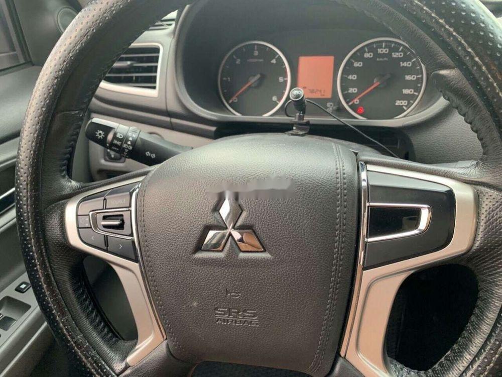 Cần bán gấp Mitsubishi Triton AT sản xuất 2016, màu trắng, xe nhập như mới, giá 470tr (4)