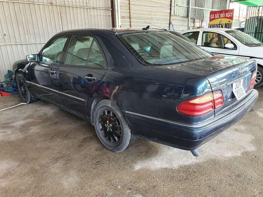 Cần bán gấp Mercedes E 230 1997, nhập khẩu nguyên chiếc (1)
