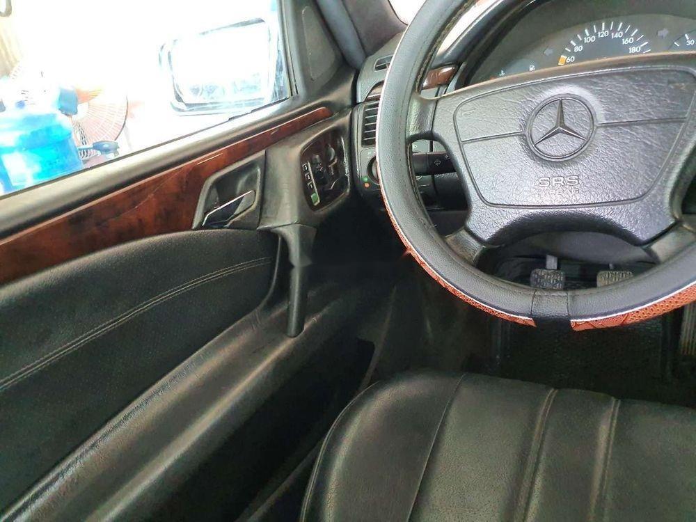 Cần bán gấp Mercedes E 230 1997, nhập khẩu nguyên chiếc (2)