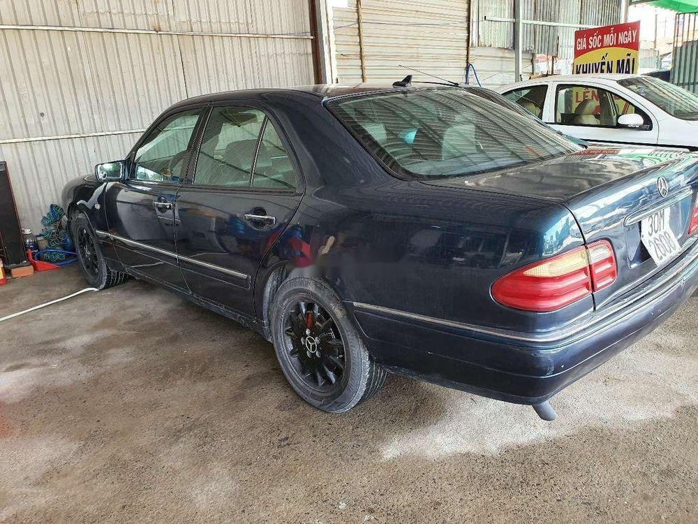 Cần bán gấp Mercedes E 230 1997, nhập khẩu nguyên chiếc (10)