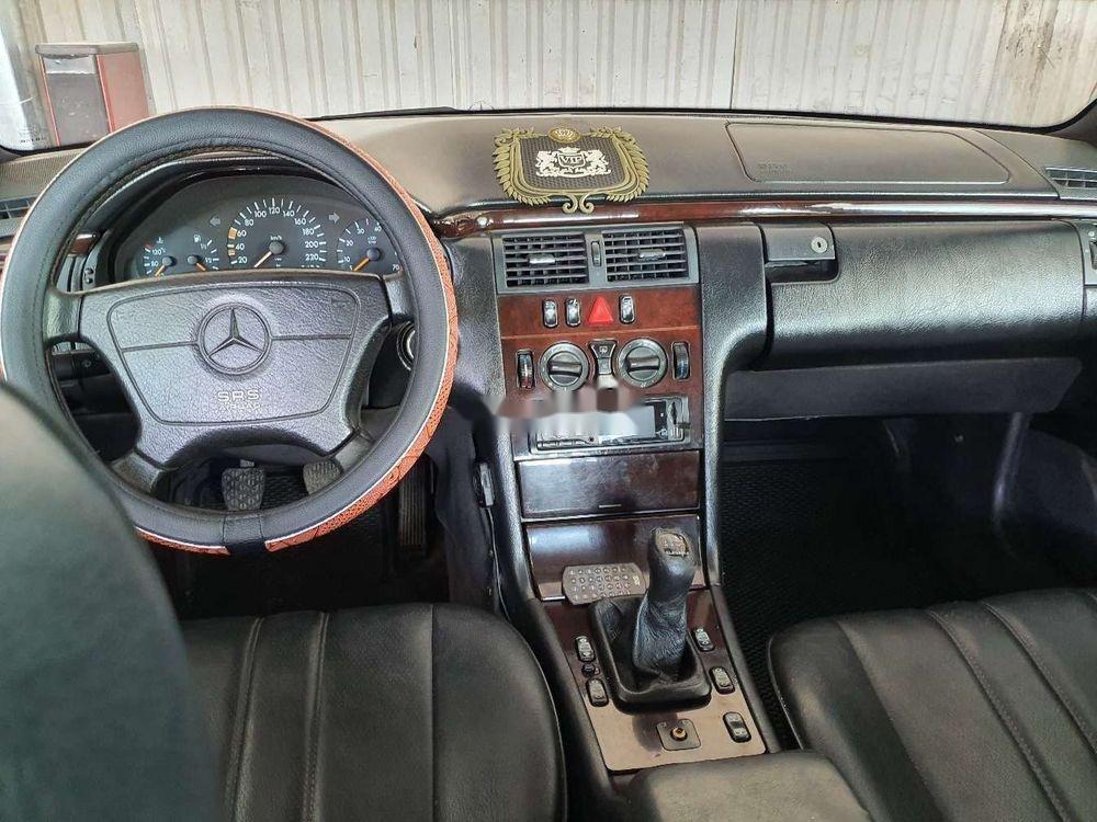 Cần bán gấp Mercedes E 230 1997, nhập khẩu nguyên chiếc (6)