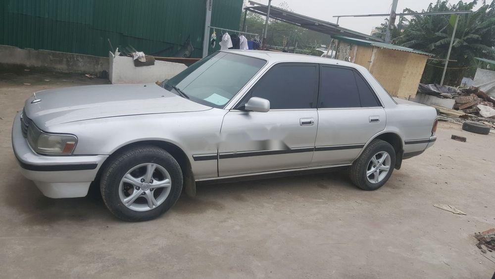 Cần bán gấp Toyota Cressida đời 1989, màu bạc (1)