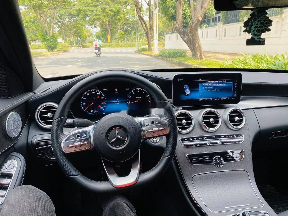 Bán Mercedes C300 đời 2018, nhập khẩu nguyên chiếc (11)