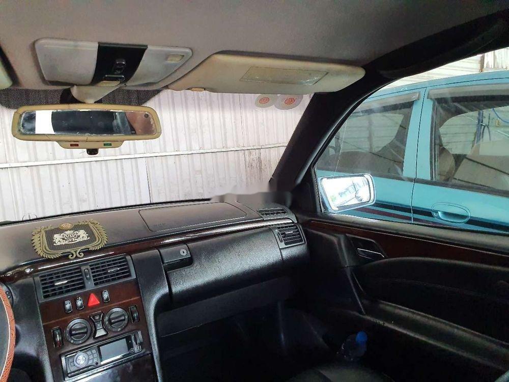 Cần bán gấp Mercedes E 230 1997, nhập khẩu nguyên chiếc (5)