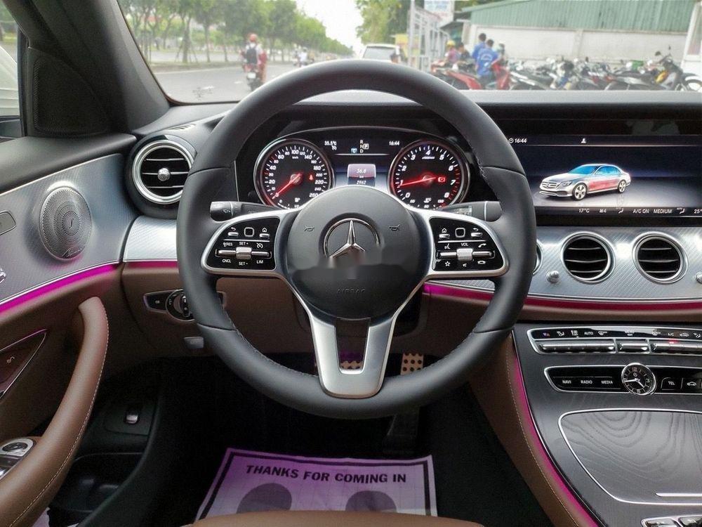 Bán Mercedes E200 Sport 2019, màu trắng (5)