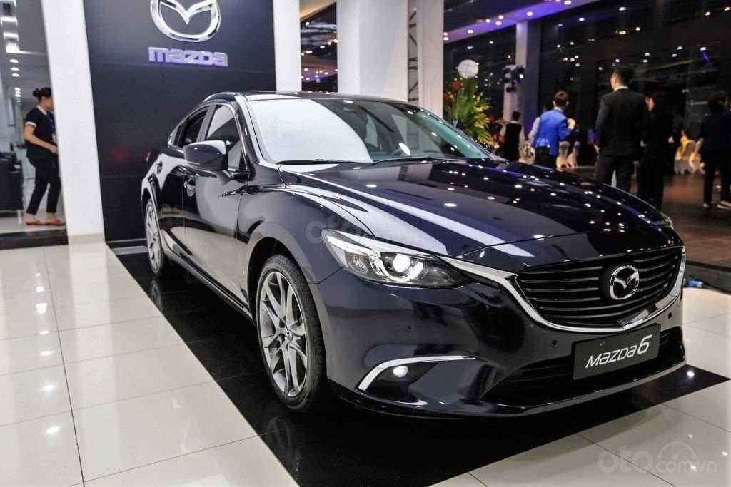 Mazda 6 2019, trả trước 176 triệu, khuyến mãi lên đến 70 triệu, giao xe ngay, đủ màu, đủ phiên bản (2)