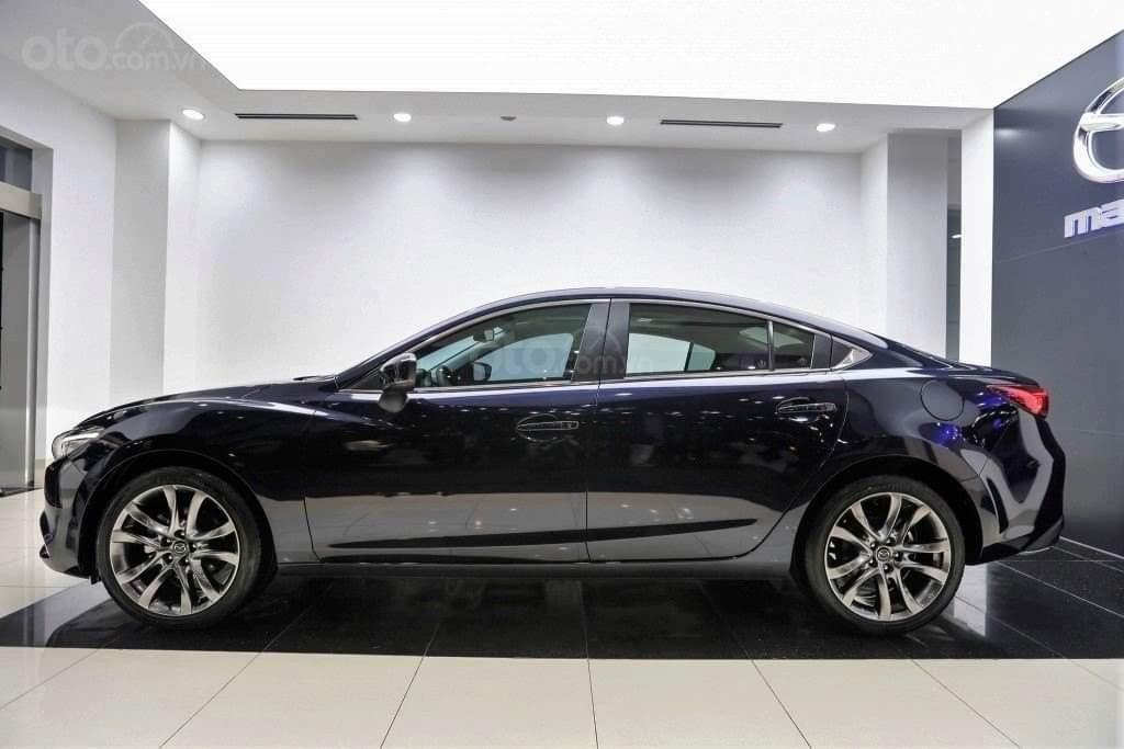 Mazda 6 2019, trả trước 176 triệu, khuyến mãi lên đến 70 triệu, giao xe ngay, đủ màu, đủ phiên bản (3)
