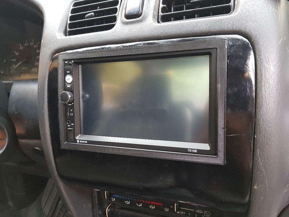 Bán xe Mazda 323 MT năm 2001, nhập khẩu (2)