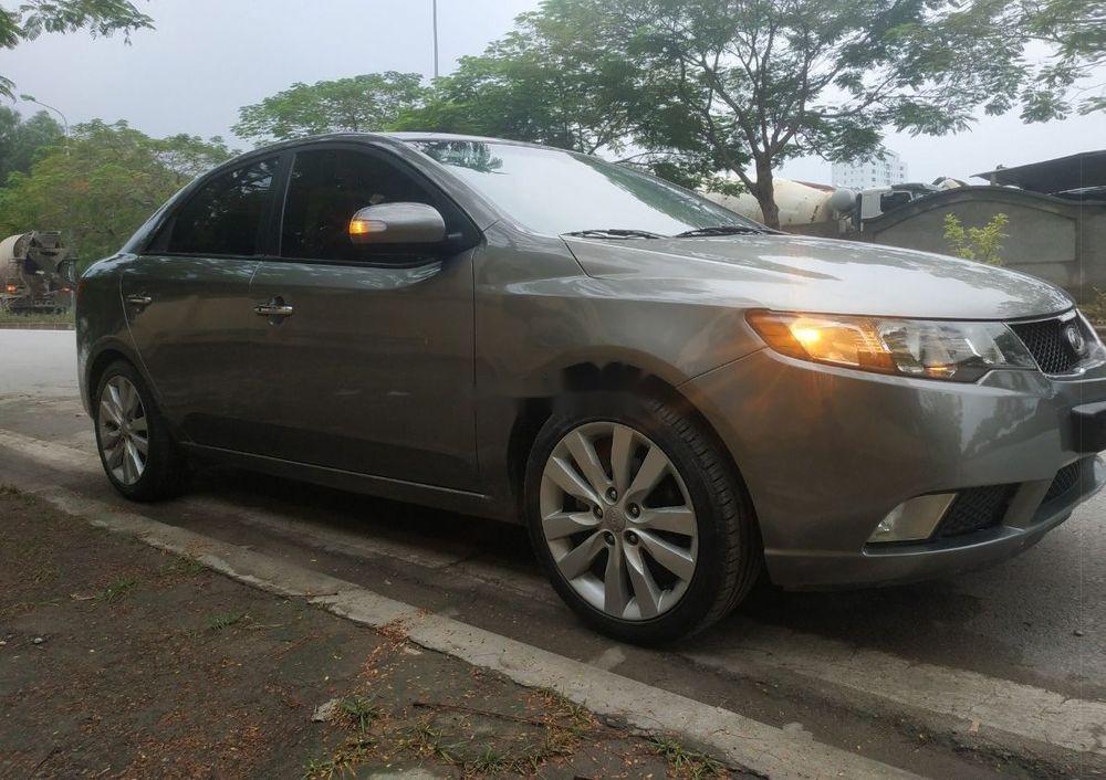 Cần bán lại xe Kia Forte sản xuất 2009, màu bạc, nhập khẩu chính chủ, giá tốt (2)