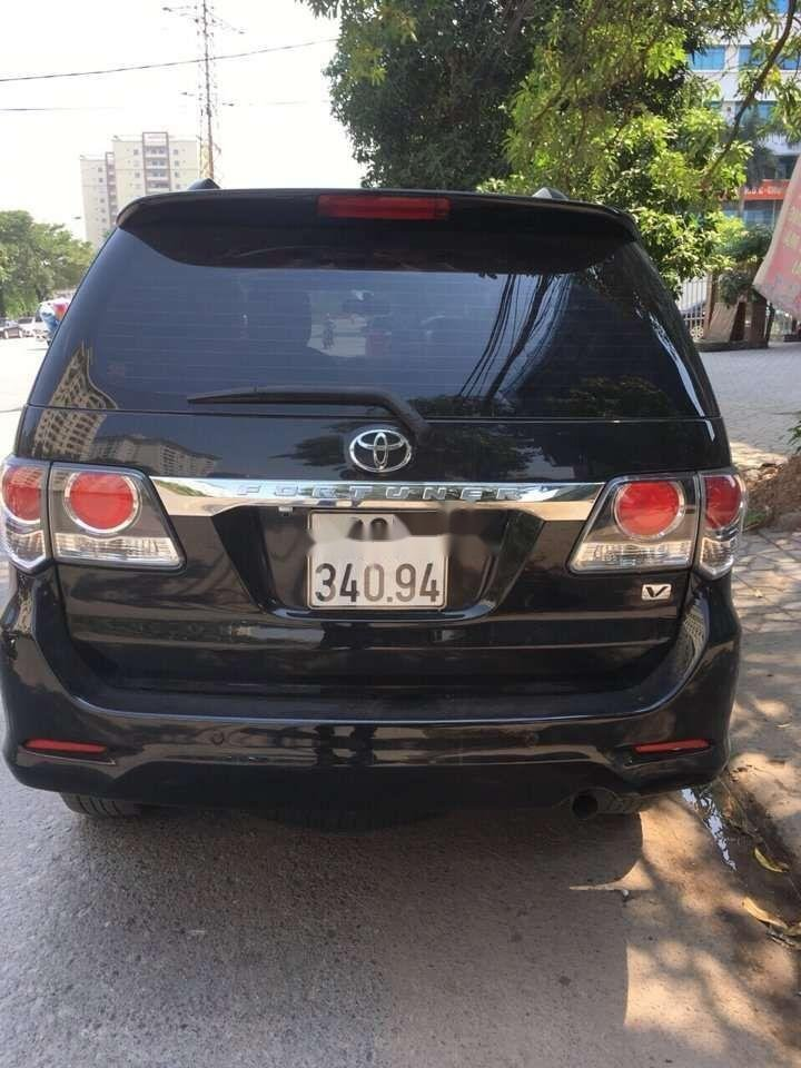Bán Toyota Fortuner 2.7V đời 2016, màu đen (7)