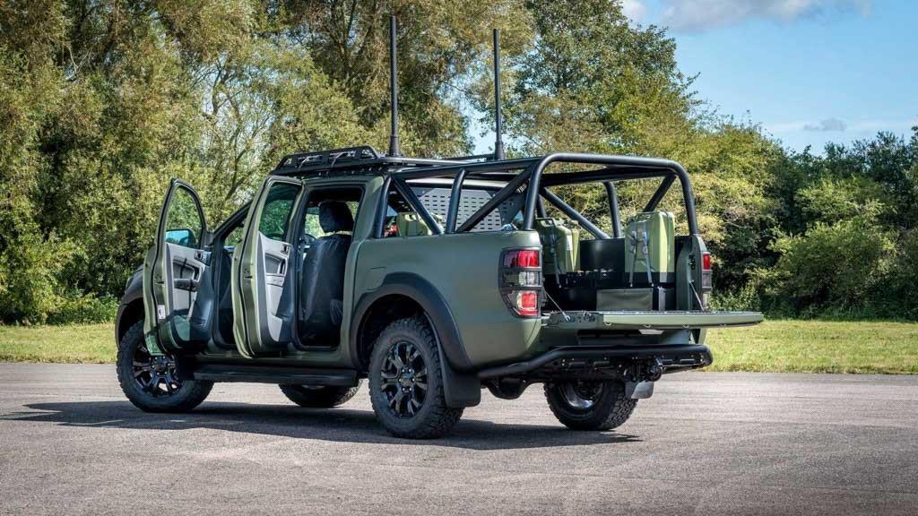 Ford Ranger Bi-Turbo thiện chiến với bản độ đậm chất nhà binh a4