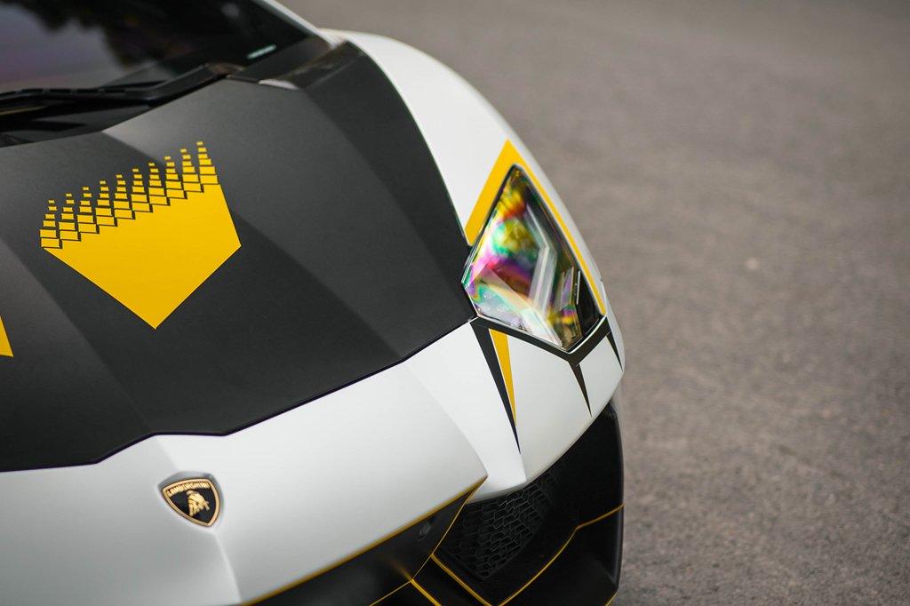 Bản độ Lamborghini Aventador đầu tiên tại Việt Nam dám thay đổi ống xả a8