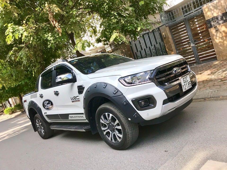 Cần bán lại xe Ford Ranger đăng ký lần đầu 2018, màu trắng mới 95%, giá 855 triệu đồng (8)