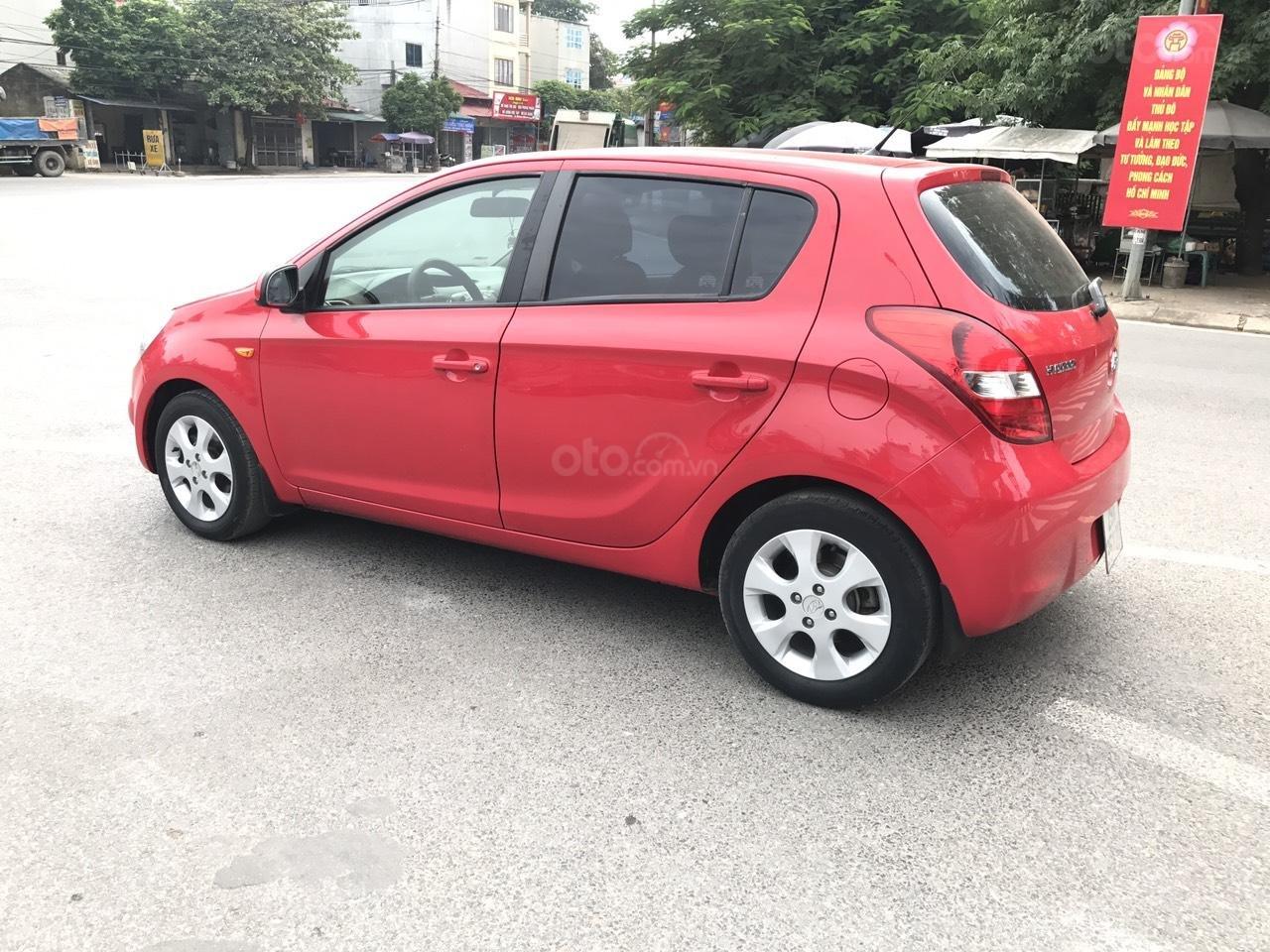 Bán Hyundai i20 1.4 AT đời 2011, màu đỏ, xe nhập, bản full, xe xuất sắc luôn (3)