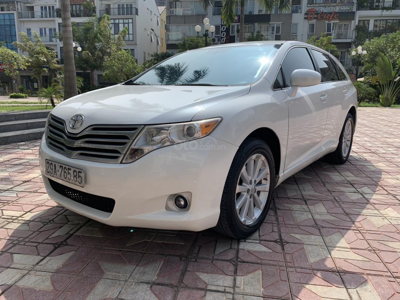Cần bán Toyota Venza đời 2009, màu trắng, giá tốt (3)