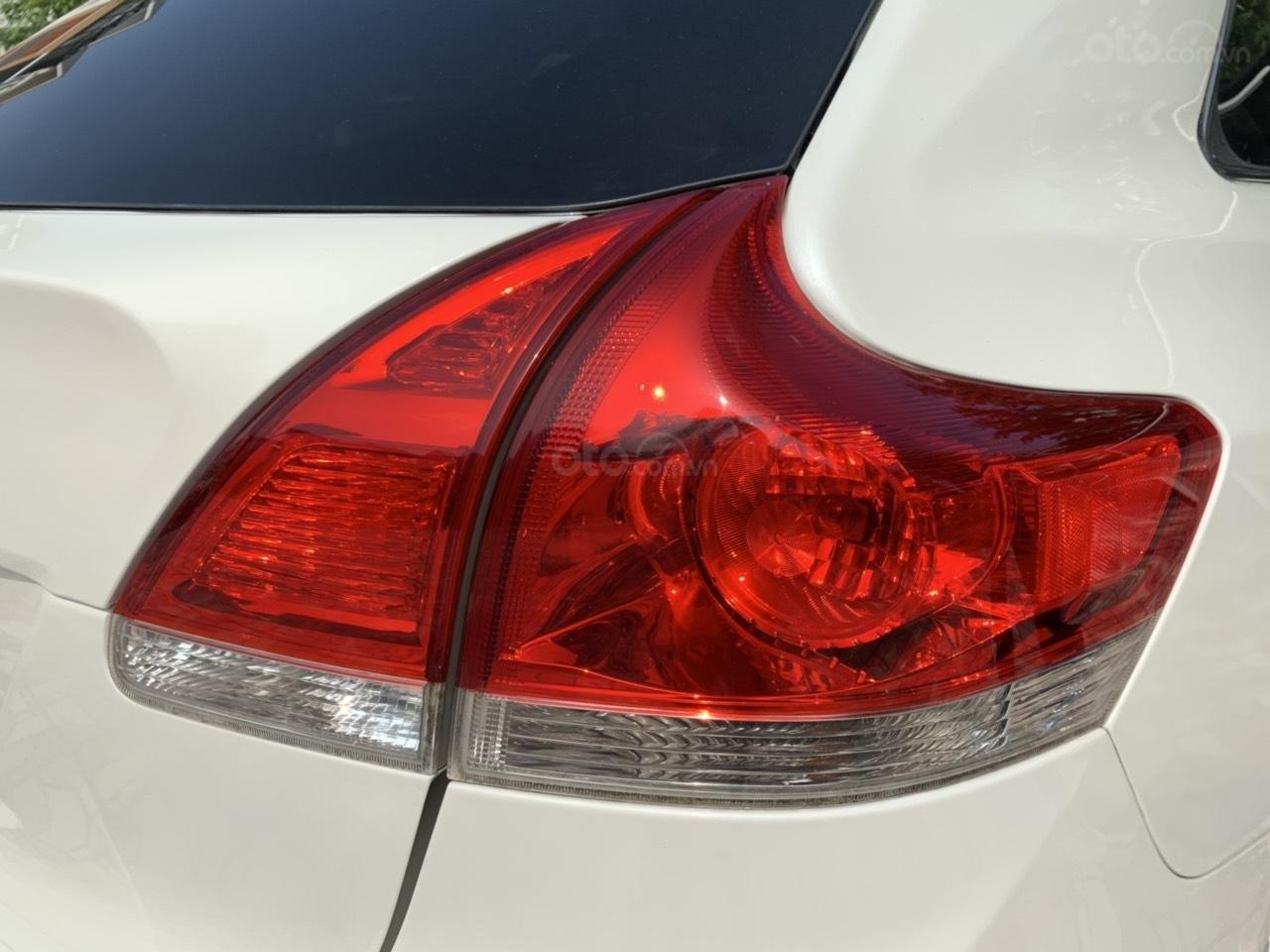 Cần bán Toyota Venza đời 2009, màu trắng, giá tốt (8)
