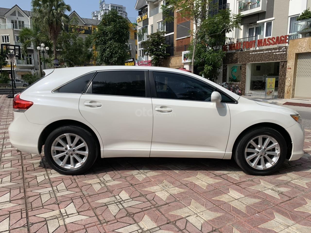 Cần bán Toyota Venza đời 2009, màu trắng, giá tốt (13)