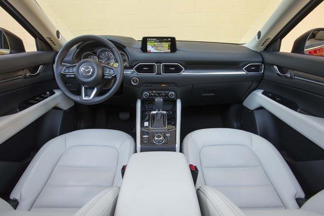 Không gian nội thất sang trọng trên Mazda CX5 2019