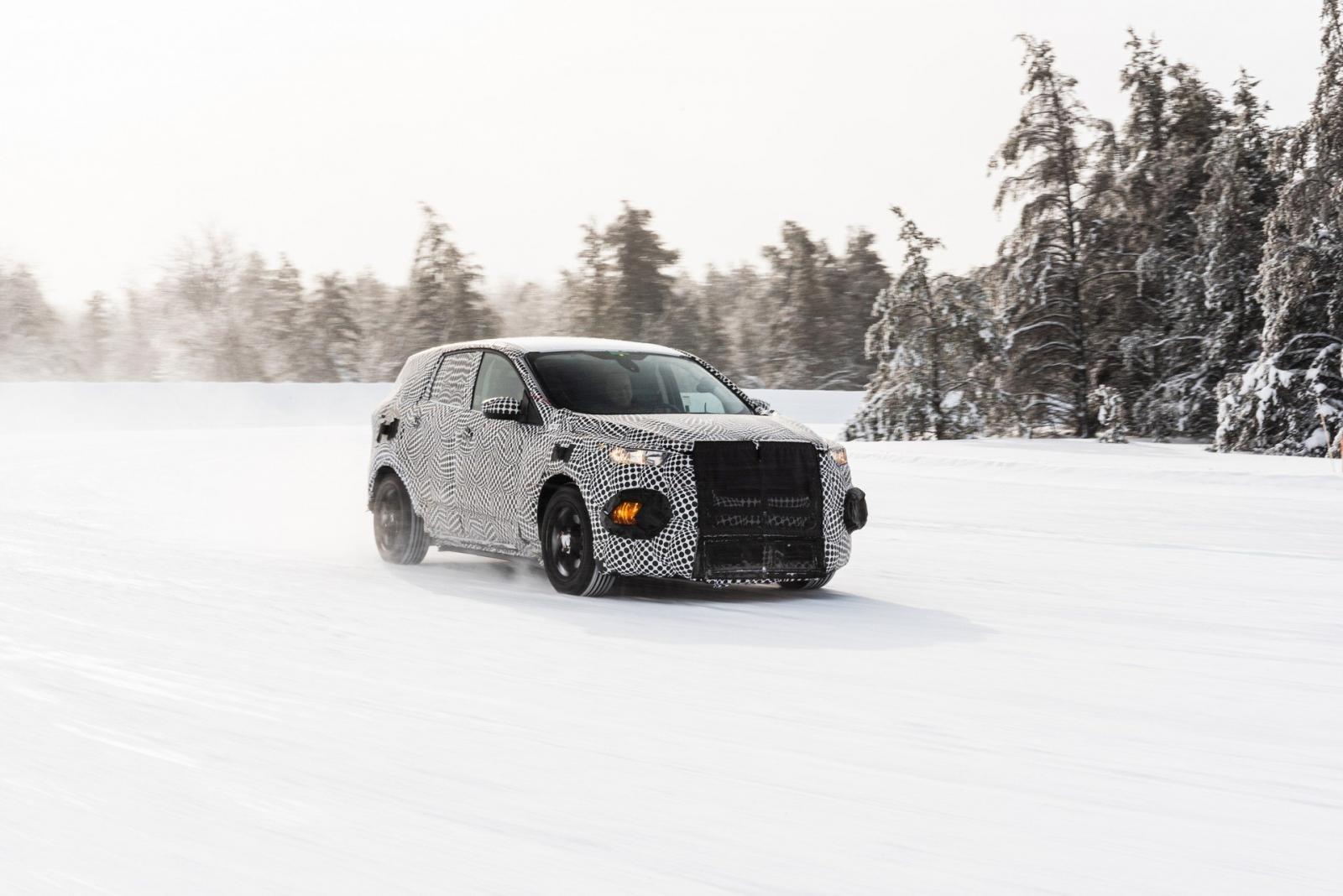 Crossover chạy điện lấy cảm hứng từ Ford Mustang được miễn phí sạc 2 năm tại trạm sạc công cộng của Ford.