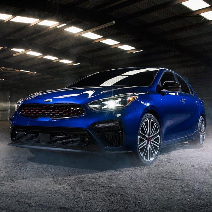 """""""Điểm mặt"""" 10 mẫu xe mới giá  rẻ nhưng """"đáng mua nhất"""" cho năm 2020."""