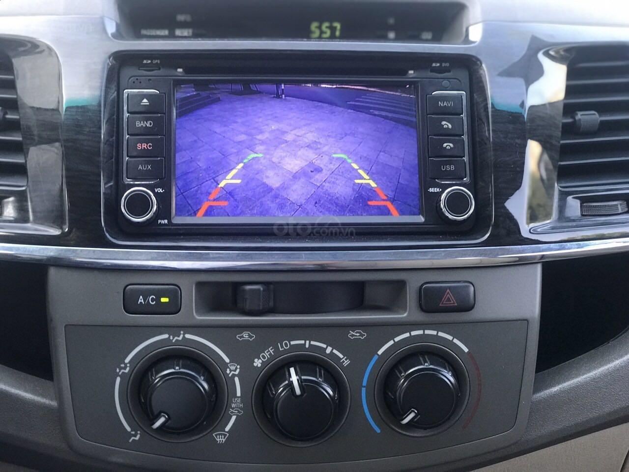 Cần bán xe Toyota Fortuner đăng ký lần đầu 2012, màu bạc, nhập khẩu nguyên chiếc, giá chỉ 670 triệu đồng (9)
