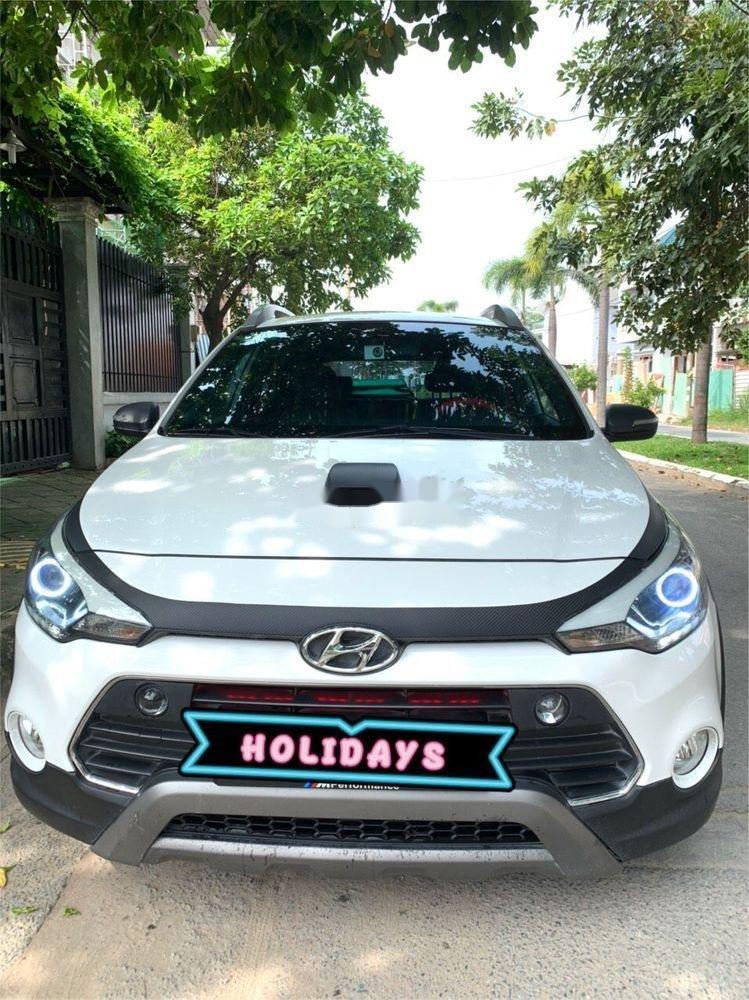 Bán Hyundai i20 Active 1.4 sản xuất năm 2015, màu trắng, nhập khẩu nguyên chiếc, giá 477tr (1)