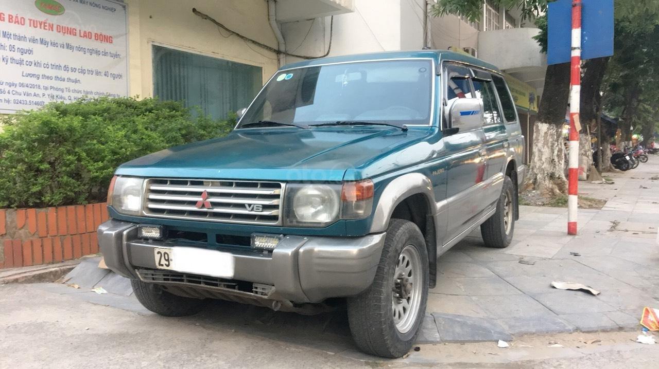 Bán ô tô Mitsubishi Pajero XLT 3.0 số sàn năm 1998, giá 110tr (1)
