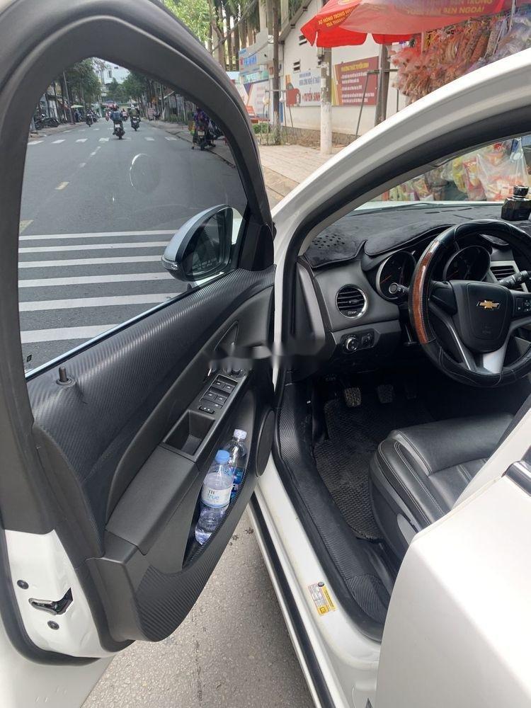 Bán Chevrolet Cruze 2017 đời 2017, màu trắng (8)