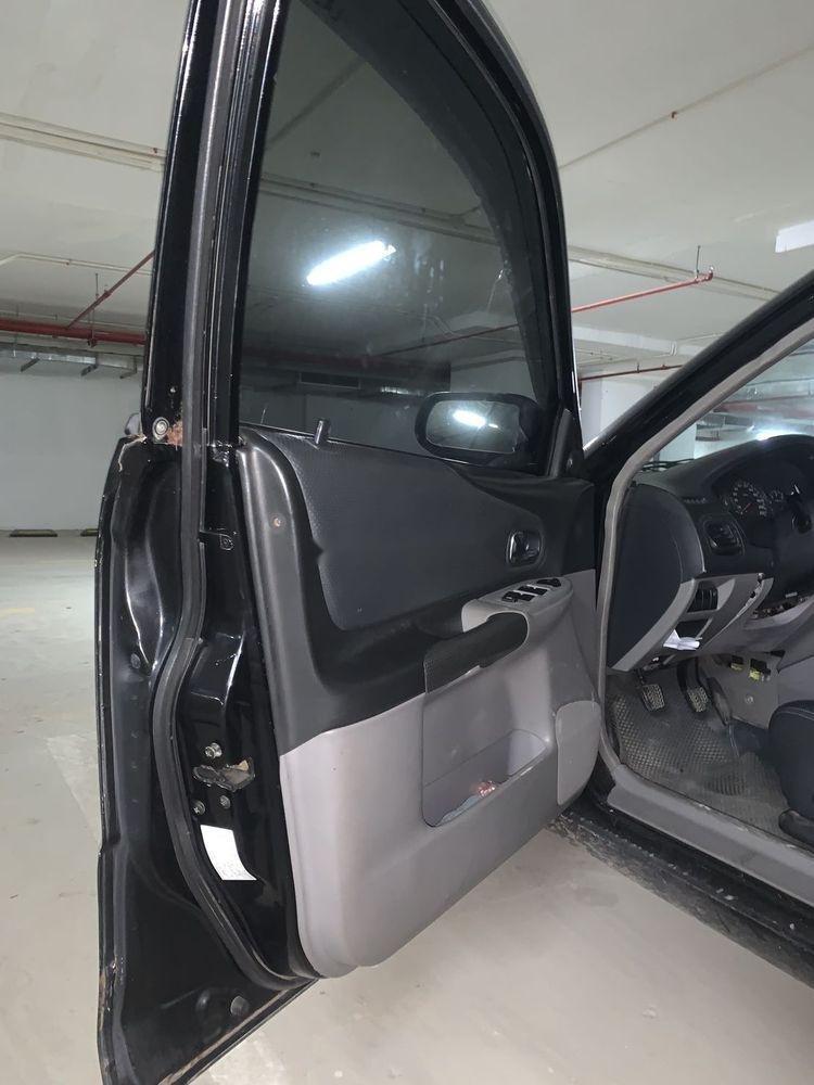 Bán Ford Laser đời 2003, màu đen, nhập khẩu, giá tốt (4)