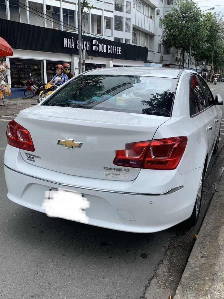 Bán Chevrolet Cruze 2017 đời 2017, màu trắng (3)