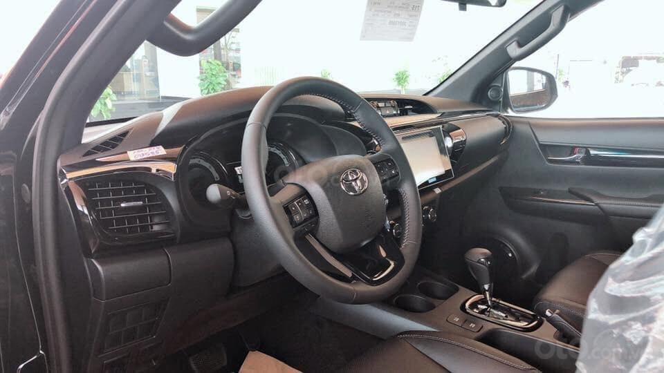 Giá xe Toyota Hilux giá rẻ tại Hà Nội, hỗ trợ trả góp 85% giá trị xe, LH: 09.6322.6323 (4)